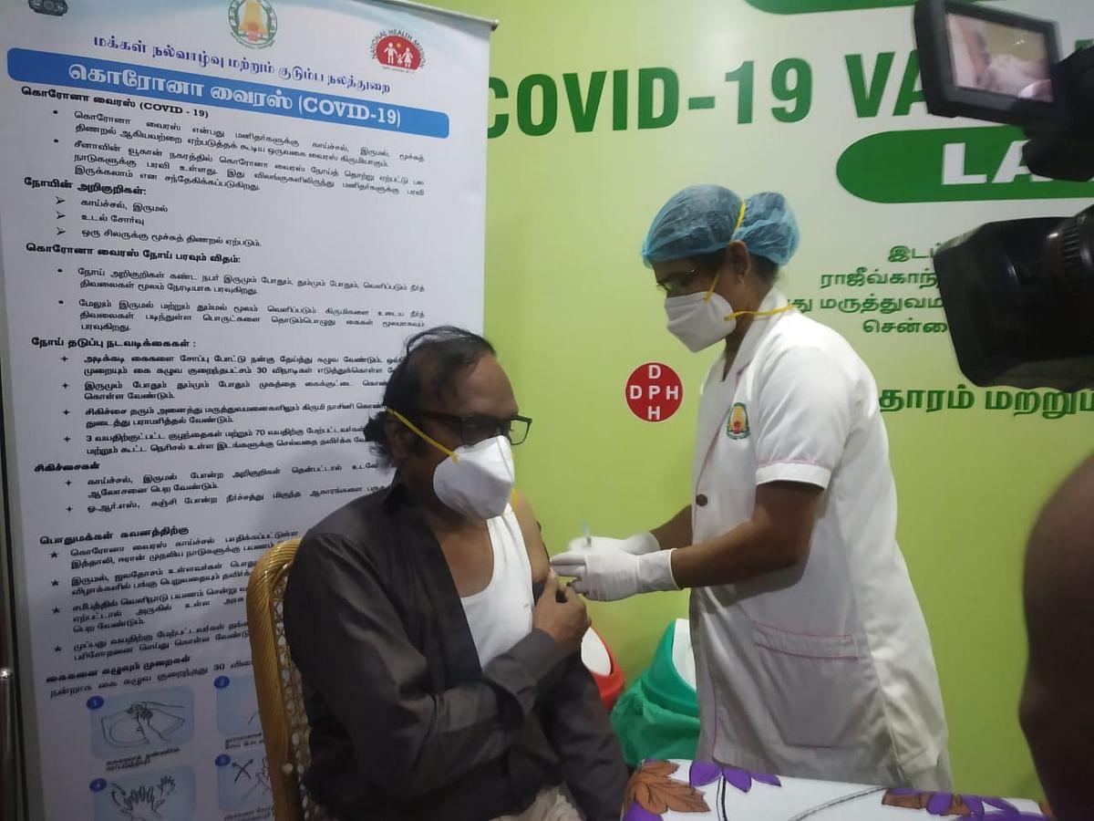 Dr.Ravindranath vaccinated