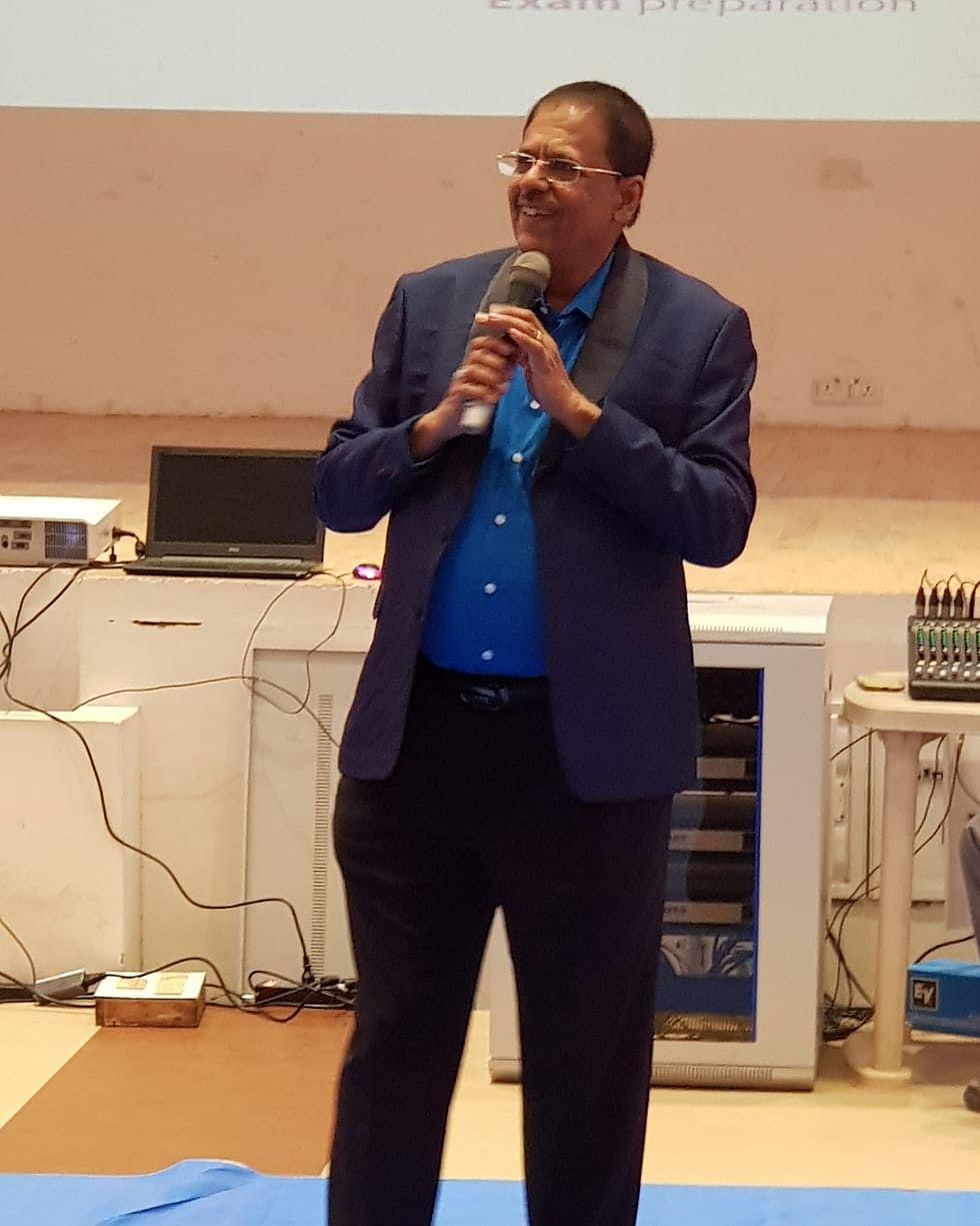 கல்வியாளர் ஜெயப்பிரகாஷ் காந்தி