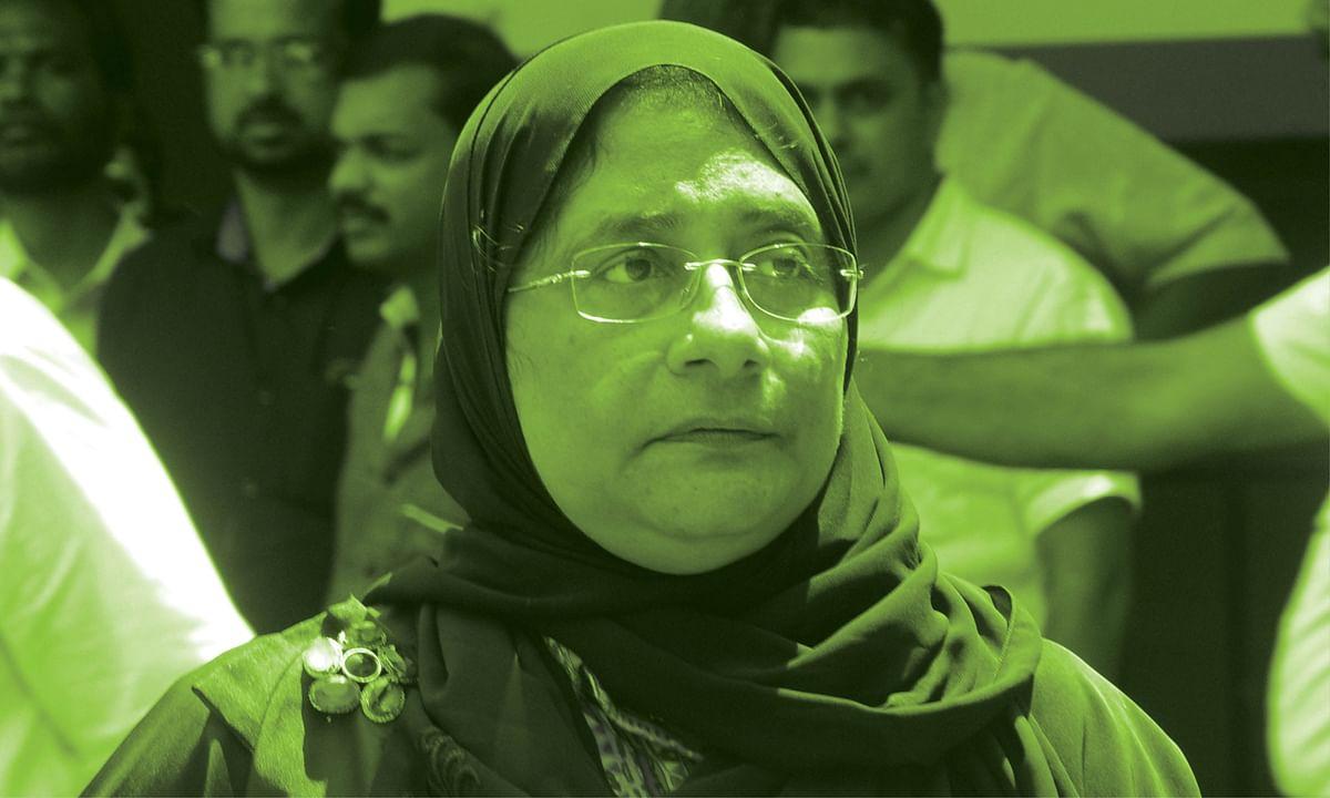 நிலோபர் கபீல்