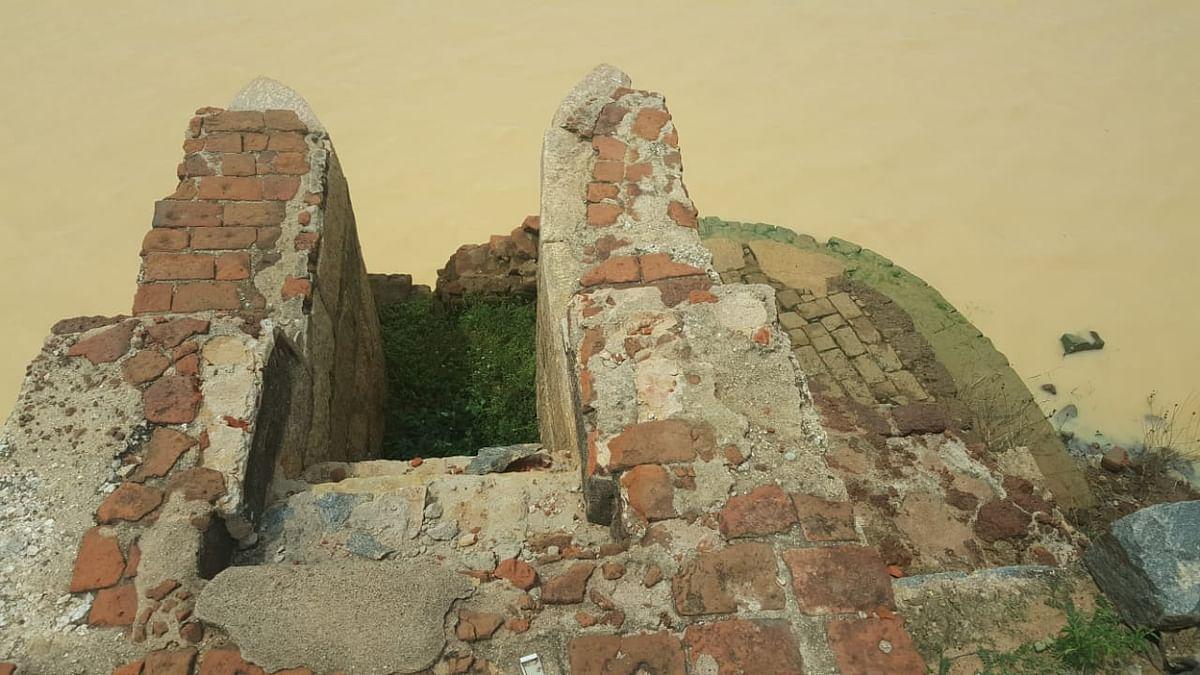 ராஜேந்திர சோழனால் கட்டப்பட்டு பின் புனரமைக்கப்பட்ட மதகு