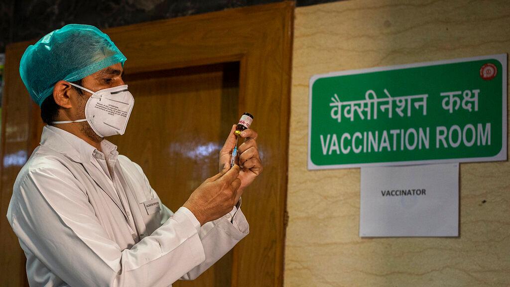 COVID-19 vaccine delivery system in New Delhi