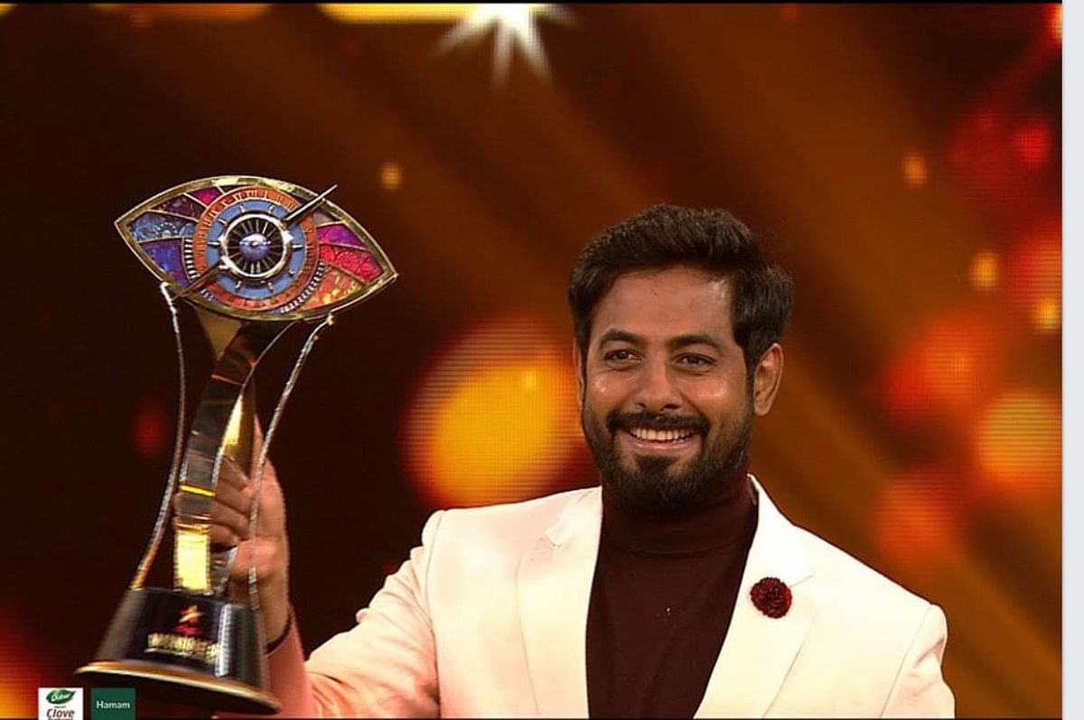 Aari wins bigg boss tamil season 4 title