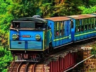 9 மாதங்களுக்குப்பின் இயக்கப்படும் நீலகிரி மலை ரயில்...உற்சாகத்தில் சுற்றுலாப் பயணிகள்!