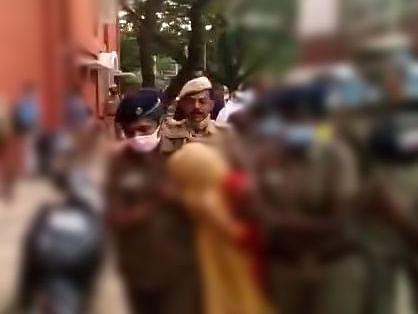 சென்னை: போலி நீட் தேர்வு மதிப்பெண் சான்றிதழ் - பெங்களூருவில் மாணவி சிக்கியது எப்படி?