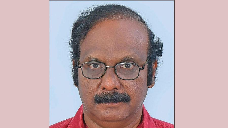 டாக்டர் ஆர்.ரவீந்திரநாத்
