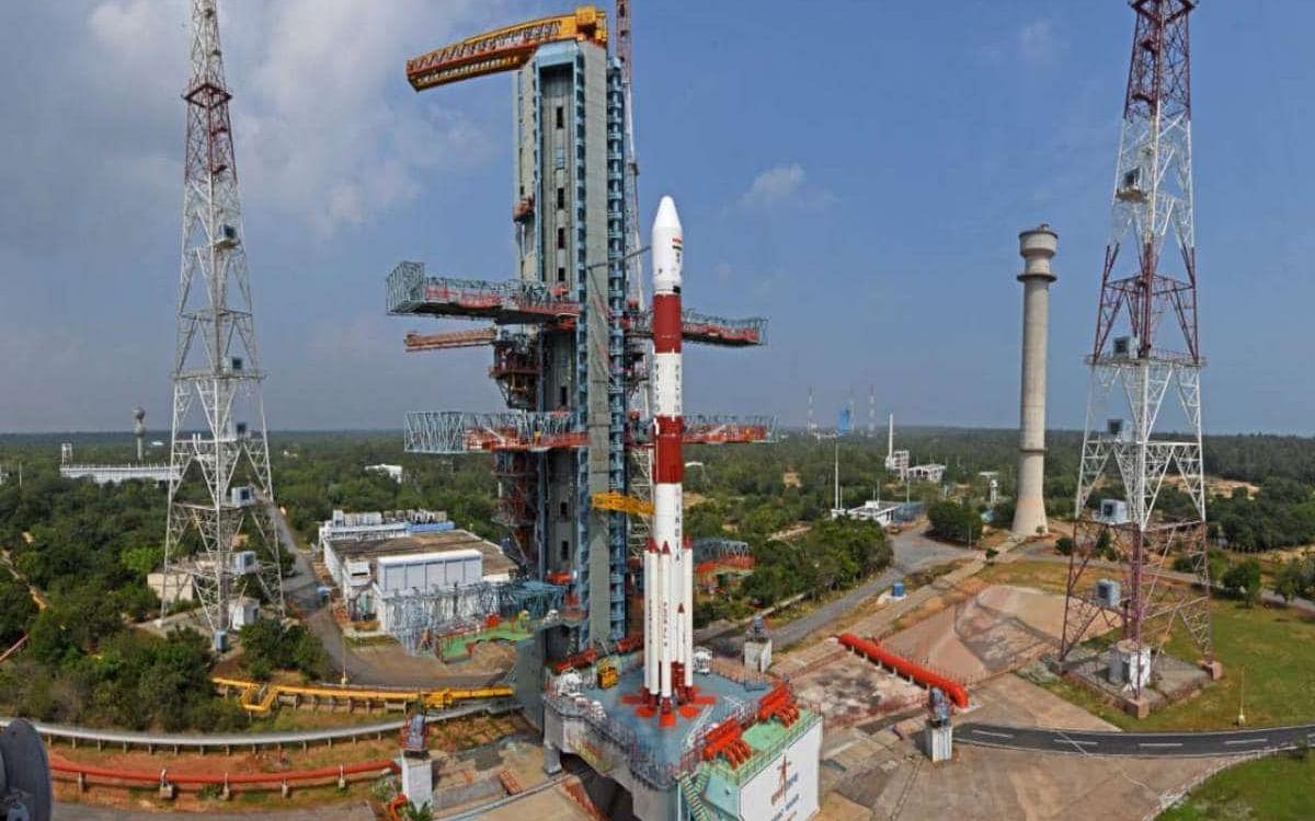 பிரேசில் செயற்கைக்கோளுடன் விண்ணில் பறக்கத்தயாராகும் இந்தியாவின் PSLV C51!