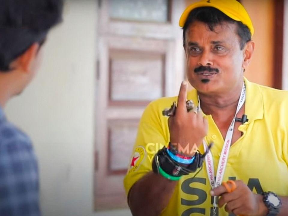 """""""ரஜினிக்கிட்ட அடிவாங்க மாட்டேன்னு அடம் பிடிச்சேன்!"""" -Shihan Hussaini"""