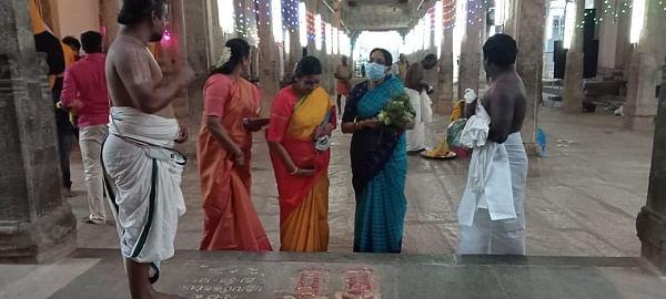 நாங்குநேரி பெருமாள் கோயிலில் துர்கா ஸ்டாலின்