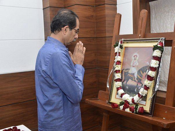 மகாராஷ்டிரா: `ராமர் பெயரில் மோசடி சக்திகள் பணம் வசூலிக்கின்றன!'- உத்தவ் தாக்கரே காட்டம்