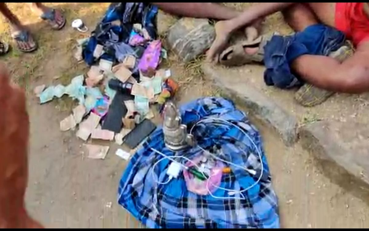 நாமக்கல்: `கோயிலில் கொள்ளை; காட்டில் பங்கு பிரிப்பு!' - மொத்தமாக மாட்டிய கொள்ளையர்கள்