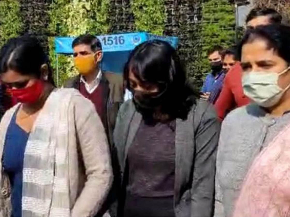'டூல்கிட்' வழக்கில் திஷா ரவி கைது! - சமூக செயற்பாட்டாளர்களை ஒடுக்கும் முயற்சியா?