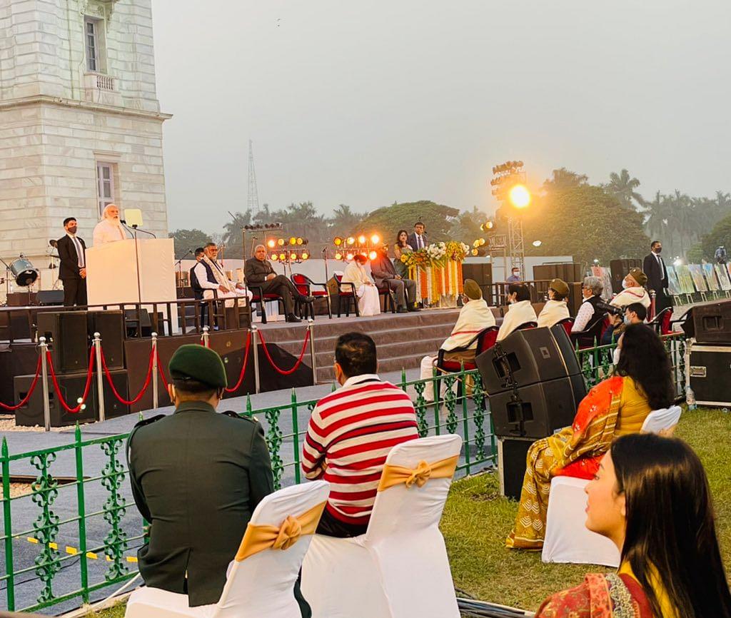 பிரதமர் நிகழ்ச்சியில் பமீலா கோஸ்வாமி