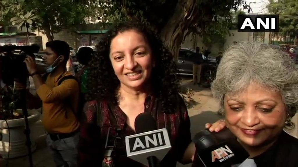 பிரியா ரமணி, வழக்கறிஞர் ரெபேக்கா ஜான்