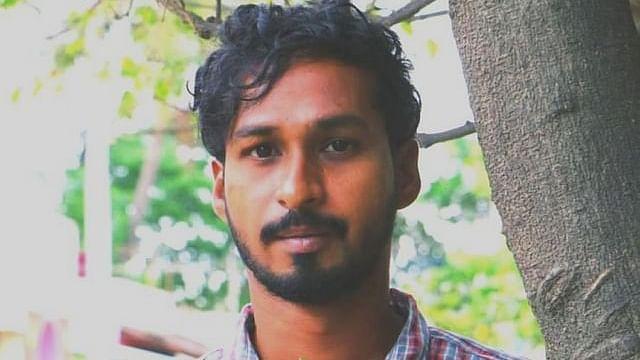 தினேஷ் சரவணன்