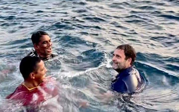`மாஸ்க் கழற்றிய பிறகுதான் யார் என்று தெரிந்தது!' -கொல்லம் கடலில் ராகுல்... படகில் நடந்தது என்ன?