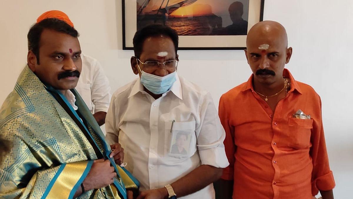 எல்.முருகனுடன் செல்லூர் ராஜூ