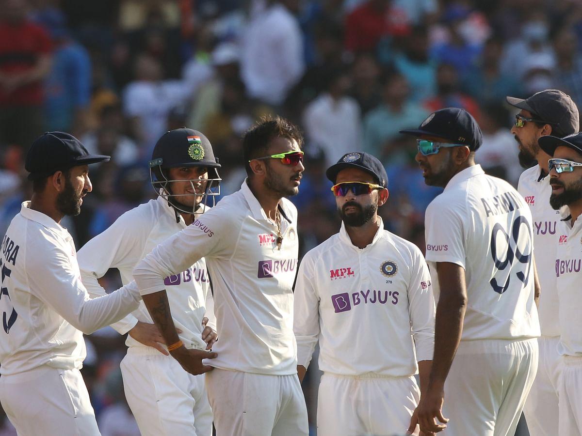 அஹமதாபாத் டெஸ்ட்: சுழலால் அசத்திய அக்ஸர், அஷ்வின்... 112 ரன்களுக்கு ஆல் அவுட் ஆன இங்கிலாந்து!