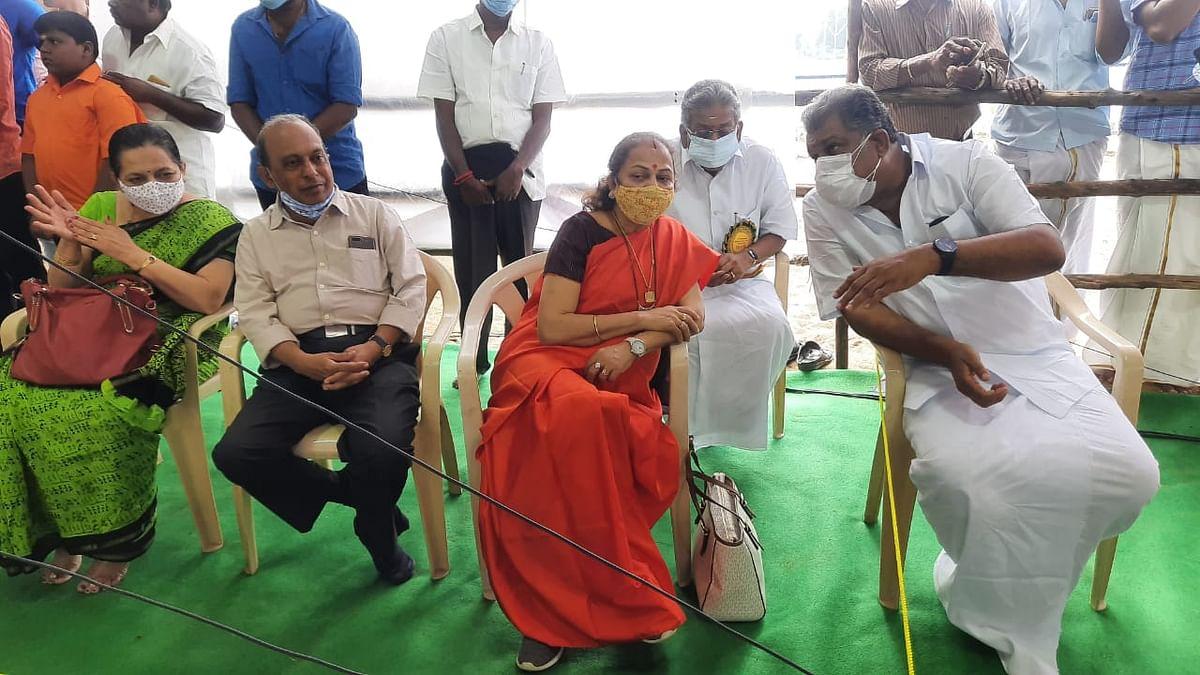 நிதின் கட்கரி மனைவி காஞ்சனா கட்கரி