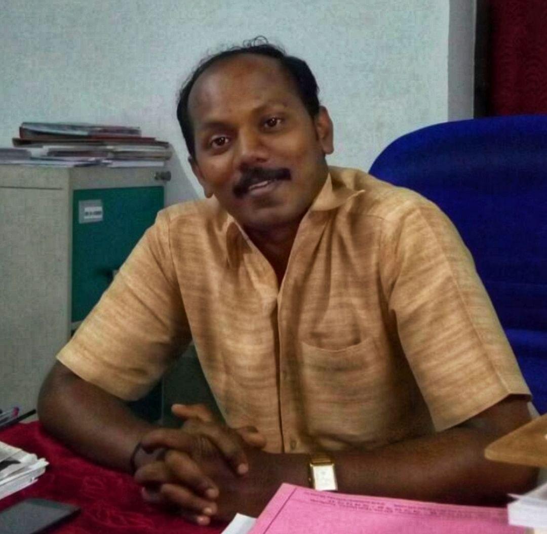 வழக்கறிஞர் பிரகாஷ்