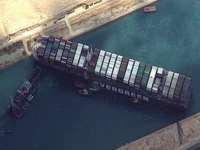 சூயஸ் கால்வாயில் சிக்கி மீண்ட கப்பல் மிதக்கும் காட்சி! | Suez Canal Evergiven Ship