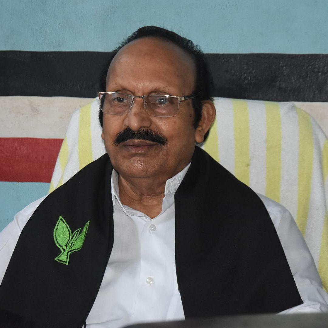 விஜயபாலன்
