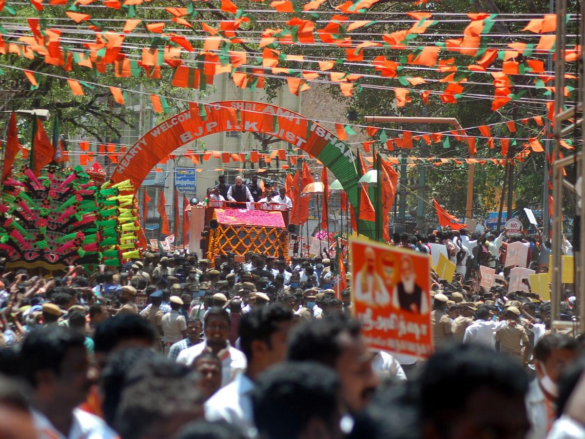 `காமராஜருக்கு மாலை... மலர்ப் பாதையில் பிரசாரம்!' - அமித் ஷாவின் குமரி சுற்றுப்பயணம் #VisualStory