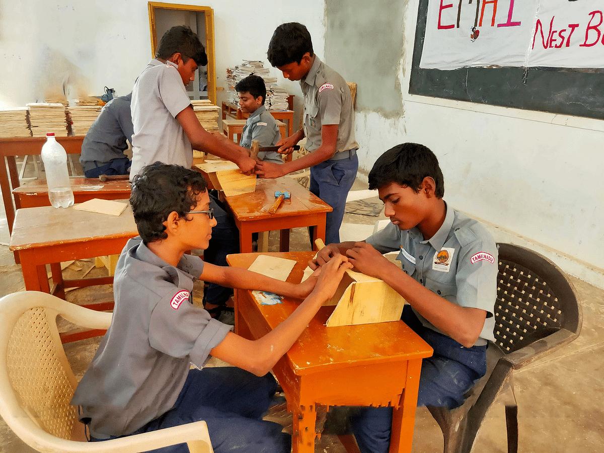 பள்ளி மாணவர்களுக்காக கூடுகள் அமைப்பு நடத்திய பயிற்சி வகுப்பு