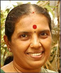 ரேவதி சண்முகம்