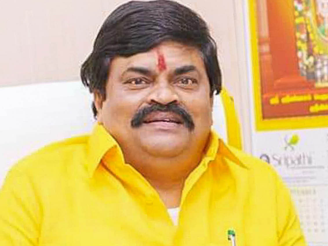 ராஜேந்திர பாலாஜி.