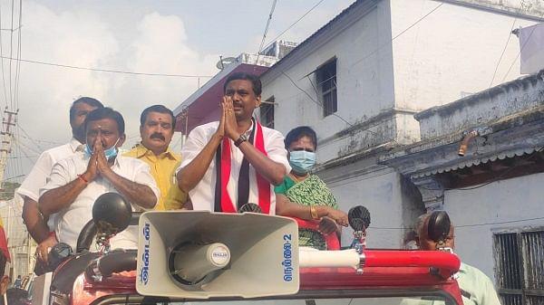 வாக்கு சேகரிக்கும் கே.ஜே.சி.ஜெரால்ட்