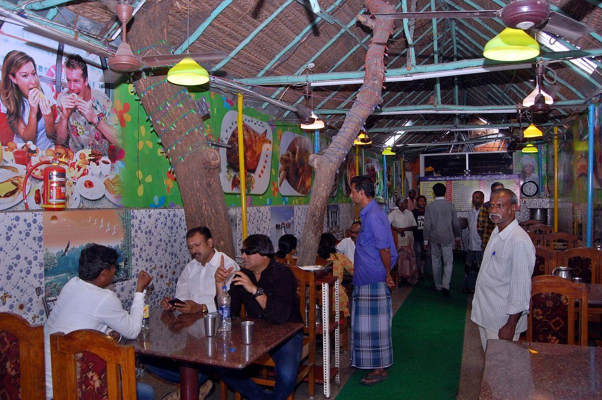 நந்தினி மெஸ் அசைவப் பிரியர்களுக்கு அதிர்ஷ்டம்
