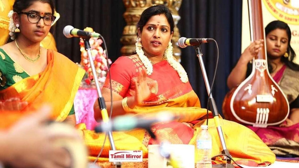 சாருமதி மனோகாந்தன்