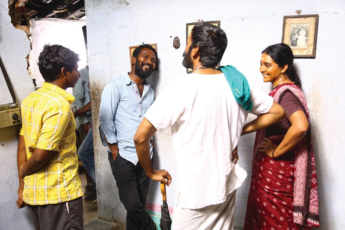 வெற்றிமாறன், தனுஷ், மஞ்சு வாரியர், கென் கருணாஸ்