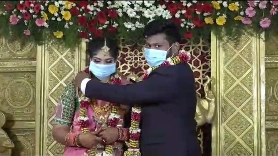 ஹரிஸ், பிரியங்கா திருமணம்