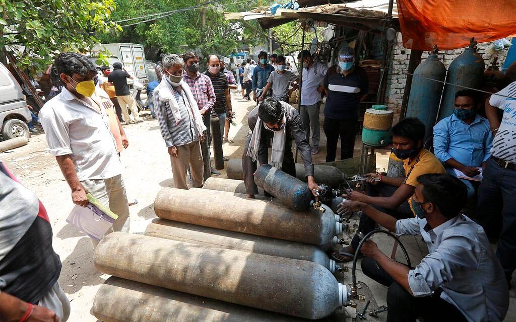கோவிட்-19: போர்ட்டபுள் ஆக்ஸிஜன் சிலிண்டர், நெபுலைஸர்...  யாருக்கு, எப்போது தேவைப்படும்?