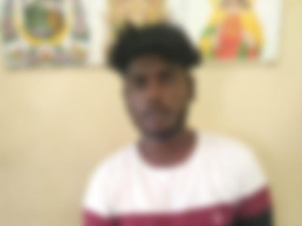 சென்னை: பெட்ரோல் விலை உயர்வு; லிஃப்ட் கொடுத்ததற்கு பணம்! -போதை மாணவனால் மேஸ்திரிக்கு நேர்ந்த கொடூரம்