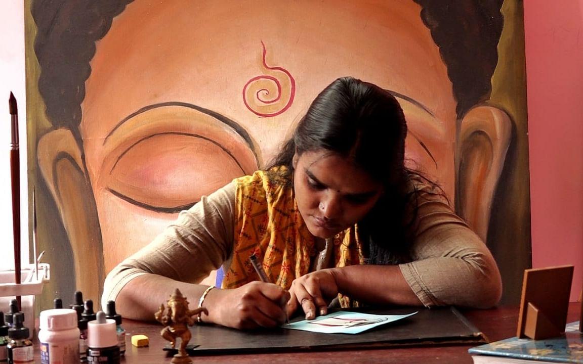 தினம் ஒரு திருக்குறள், தினம் ஓர் ஓவியம்... இன்ஸ்டாகிராமில் இயலின் இனிய முயற்சி!  #SheInspires