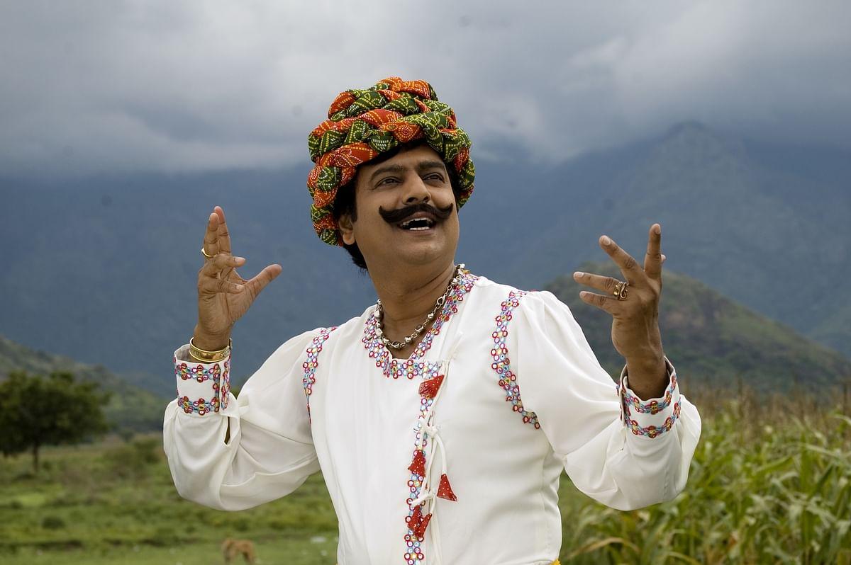 விவேக்... வெற்றிடத்தை நிரப்பியவர், எம்.ஆர்.ராதாவின் உரையாடல் நகைச்சுவையில் வெற்றிகண்டவர்! #RIPVivek