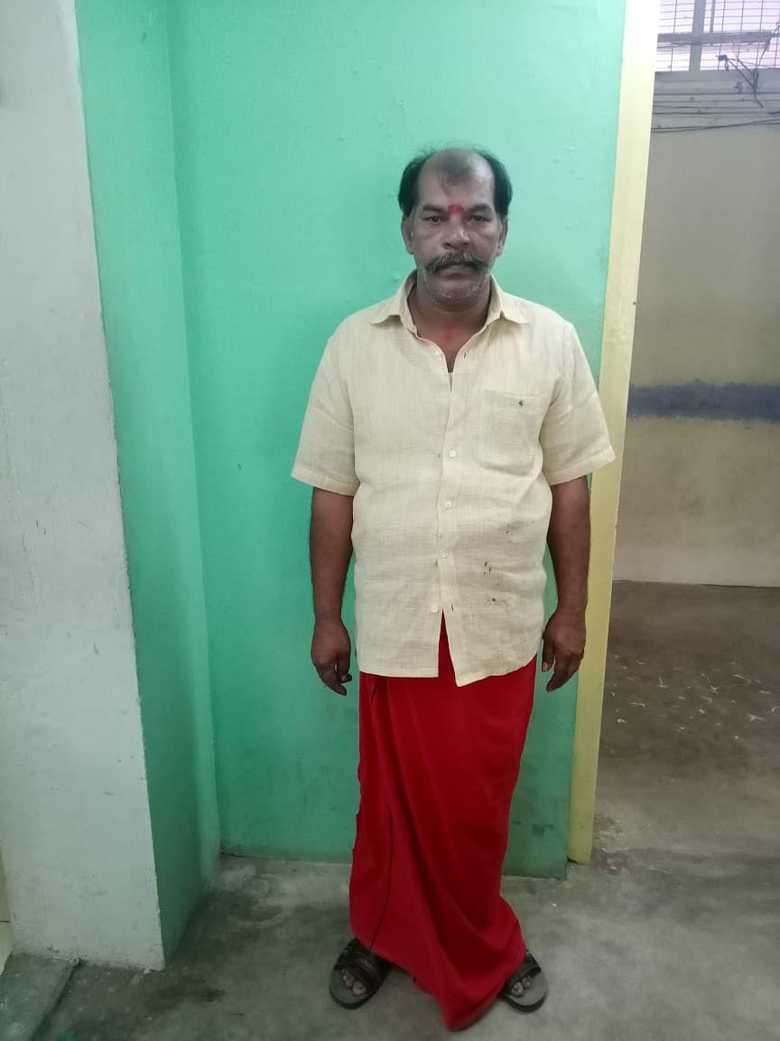 கைது செய்யப்பட்ட ஜோதிடர் சசிகுமார்