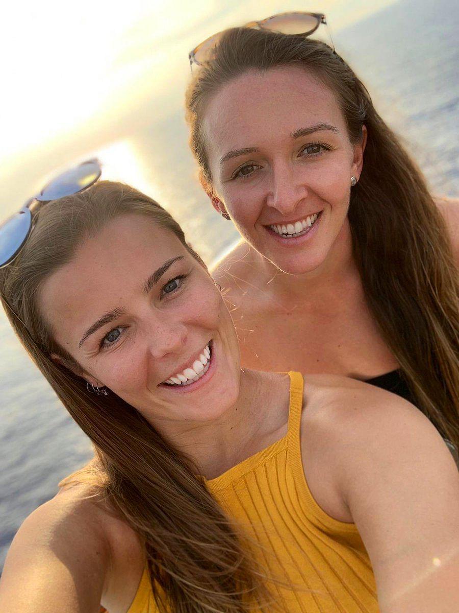 Alexandra Hartley & Kate Cross