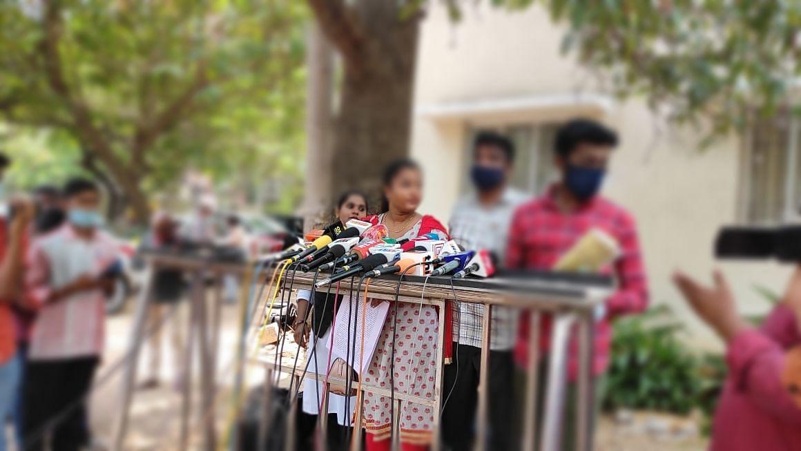 கமிஷனர் அலுவலகத்தில் டி.வி நடிகை ஜெனிஃபர்
