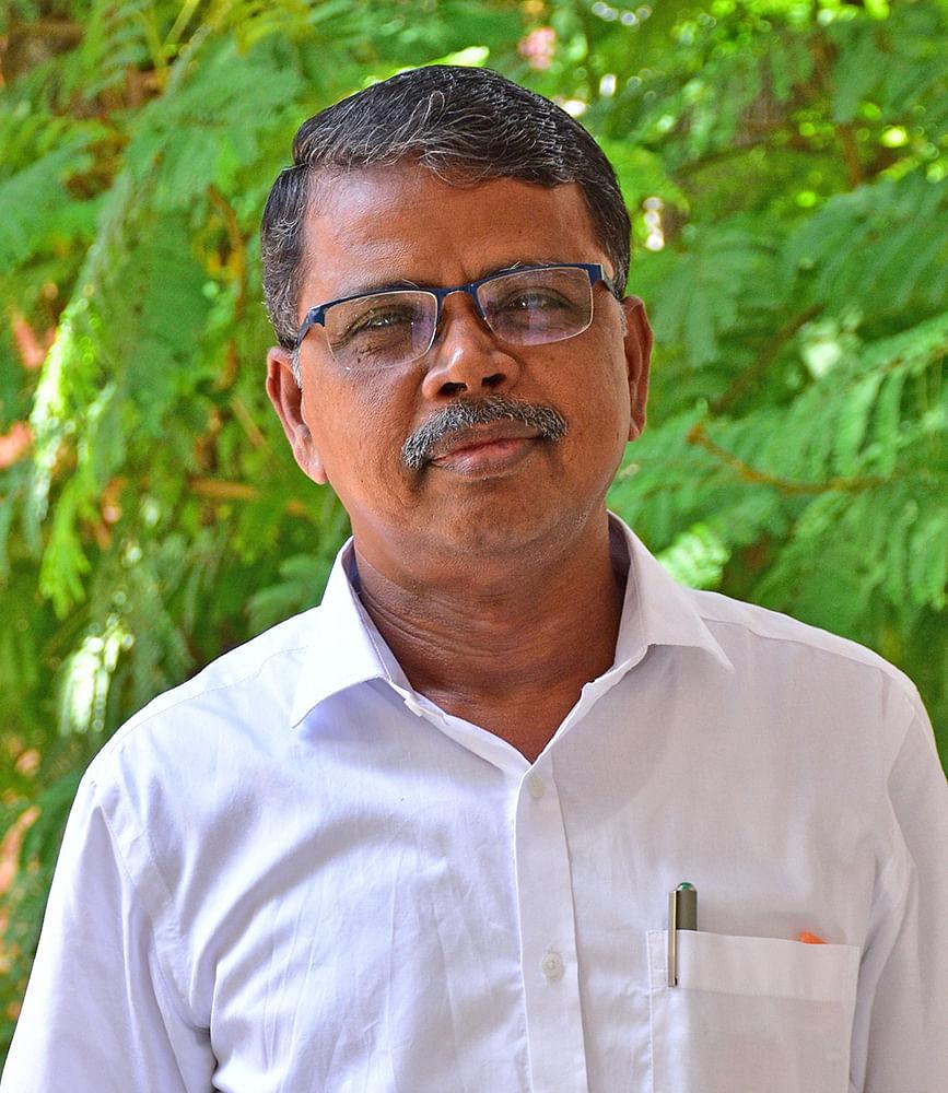 ஜோதி சிவஞானம், பொருளாதாரப் பேராசிரியர்