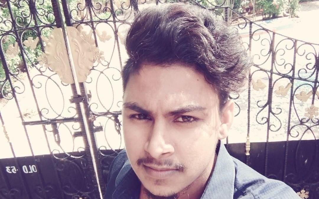 சென்னை: வீட்டு வாசலில் இளைஞர் கொலை - தந்தைக்கு அதிர்ச்சி கொடுத்த ரெளடிக் கும்பல்