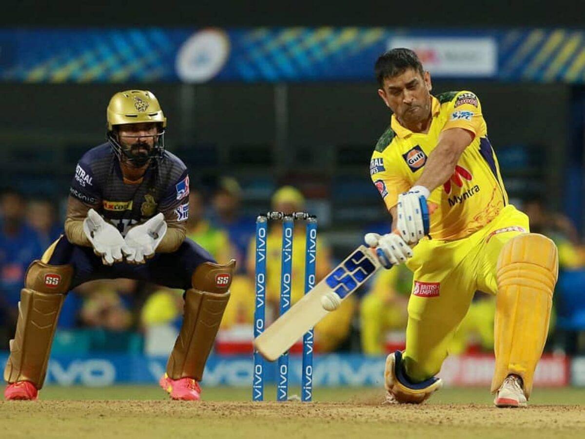 CSK: தோனி அடிச்சது 17 ரன்தான்... ஆனால், கொடுத்திருக்கிற நம்பிக்கை..! | IPL 2021
