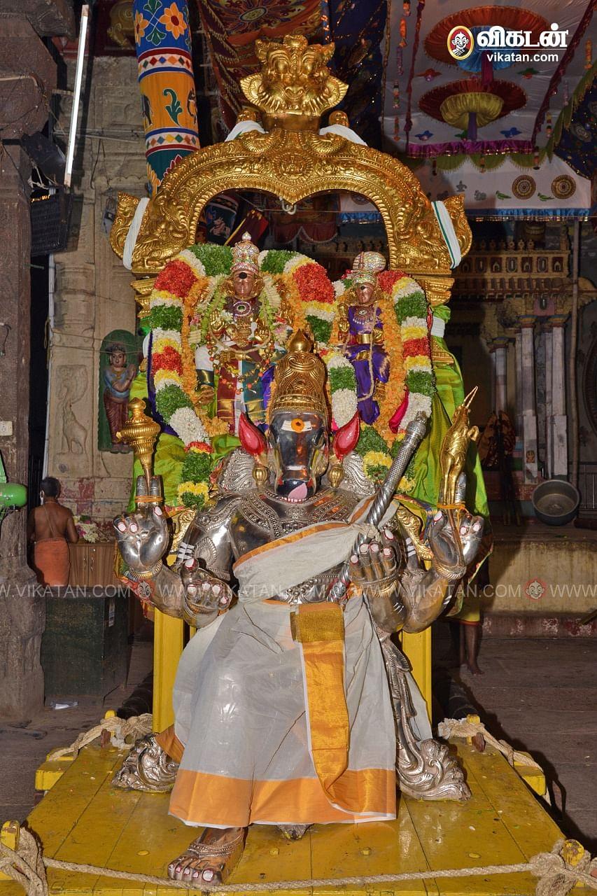 மீனாட்சி சுந்தரேஸ்வரர்