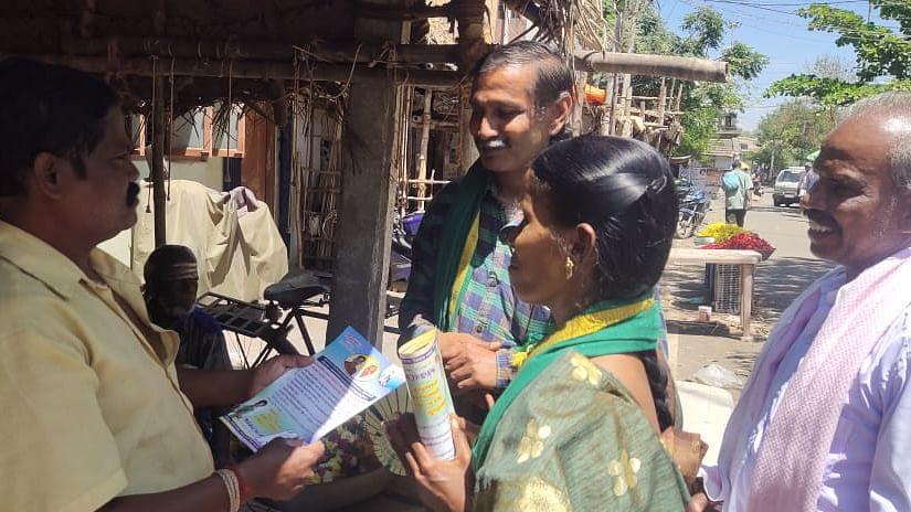 தேர்தல் பிரசாரத்தின் போது அன்னலட்சுமி