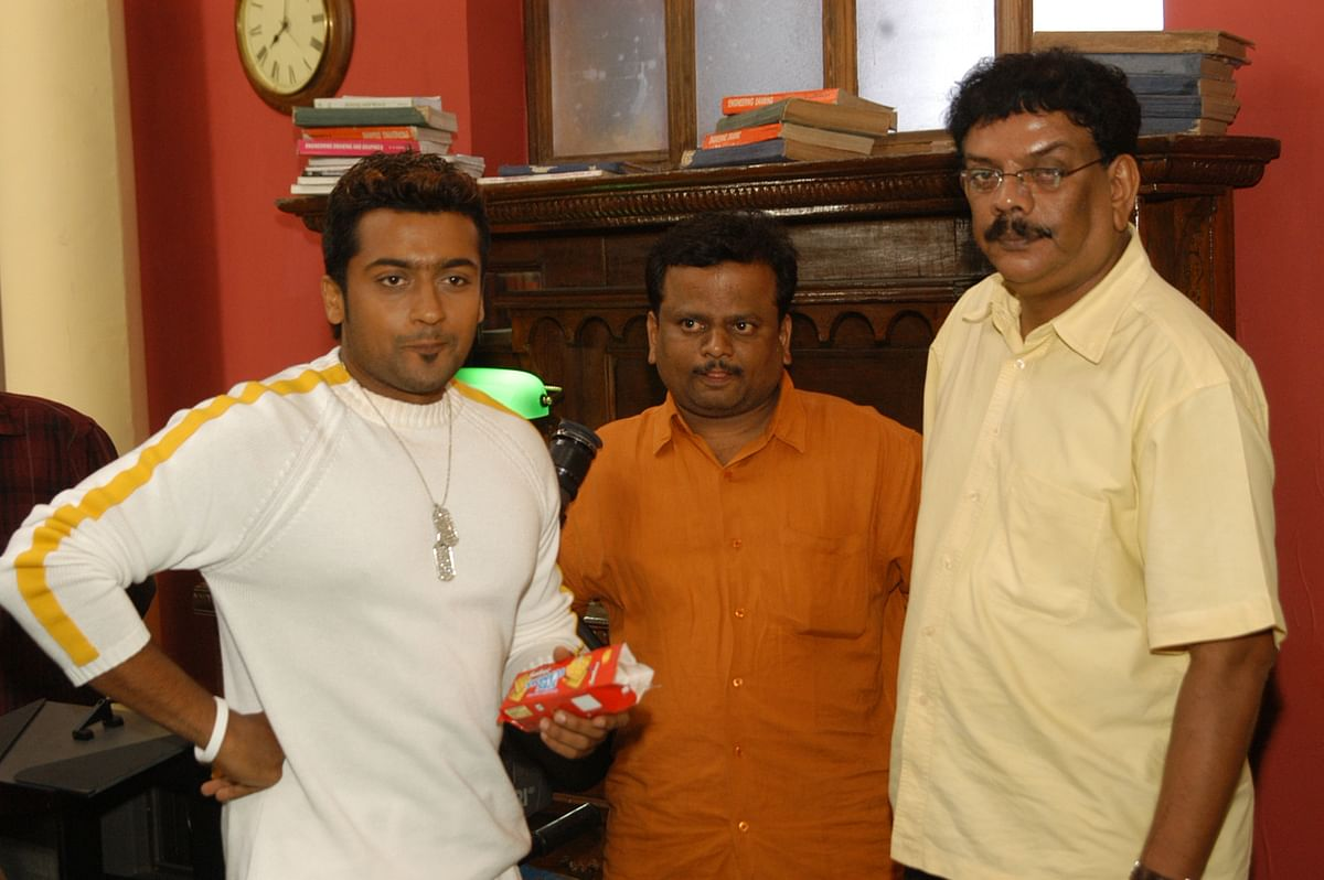 சூர்யா, ப்ரியதர்ஷுடன் கே.வி.ஆனந்த்