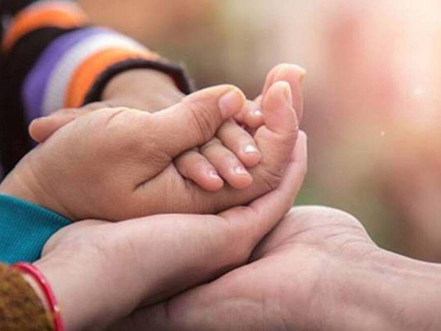 மும்பை: பொதுமுடக்கத்தால் வருமானம் இல்லை... 5 மாதக் குழந்தையை விற்க முயன்ற ஆட்டோ ஓட்டுநர்!