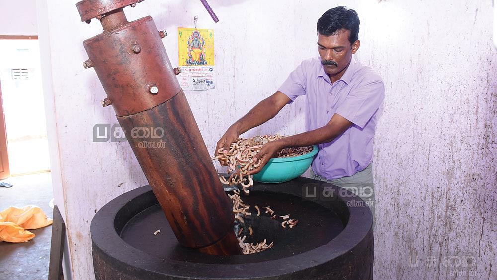 கல்செக்கில் எண்ணெய் உற்பத்தி