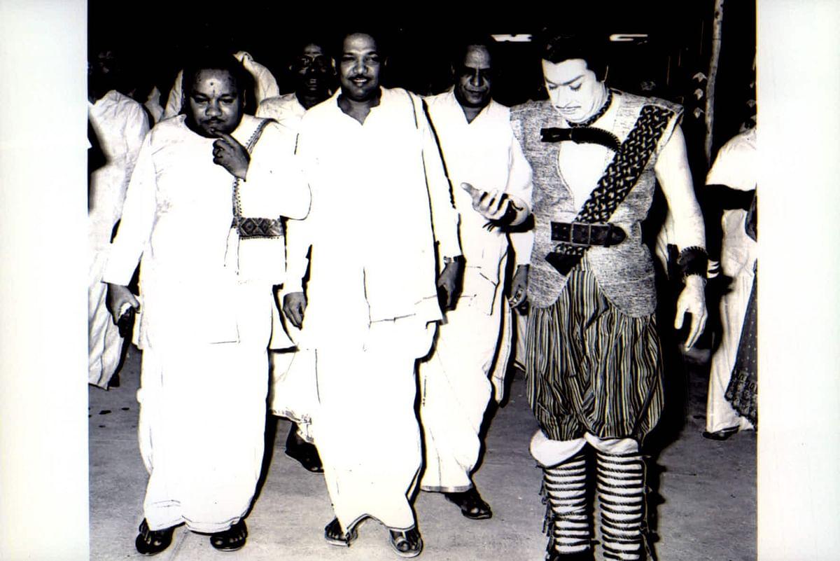 எம்ஜிஆர் - கருணாநிதி
